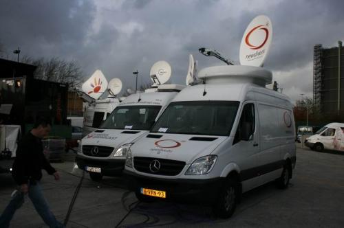 Uplink parking, Newslive on Intelsat 905