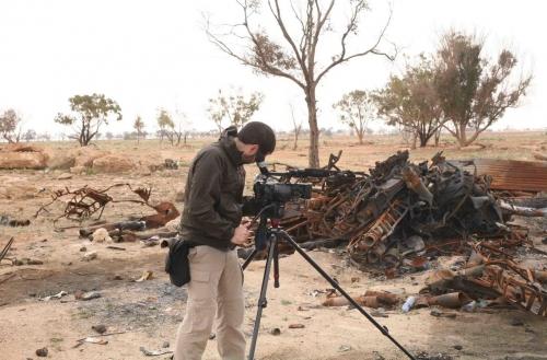 Basque videojournalist Unai Aranzadi in the Ajdabiyah frontline.