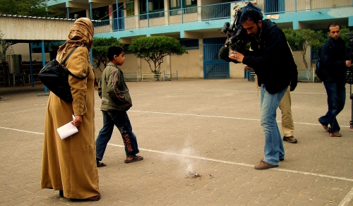 Fragments of the phosphorus bombs fall in a school in northern Gaza