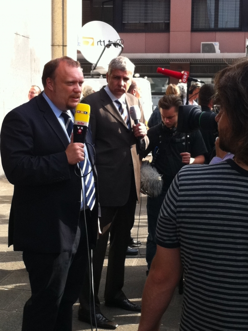 RTL and n-tv reporters on air