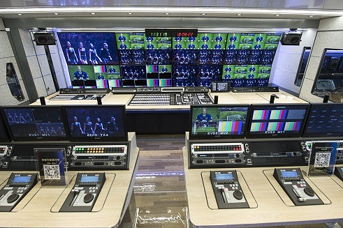 TVLB supplies UHD 4K OB vans in China.